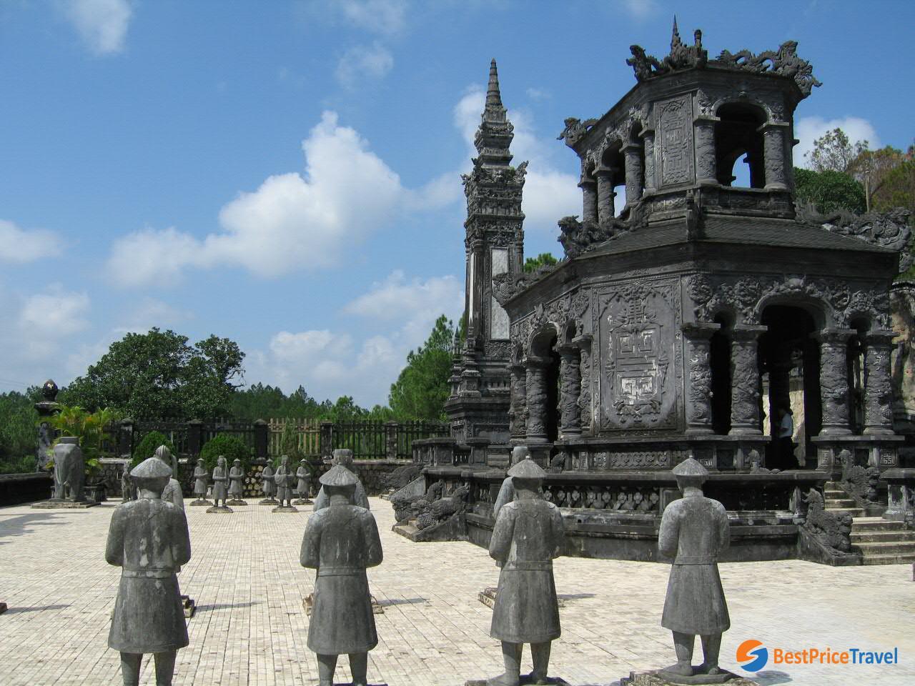 Inside Khai Dinh