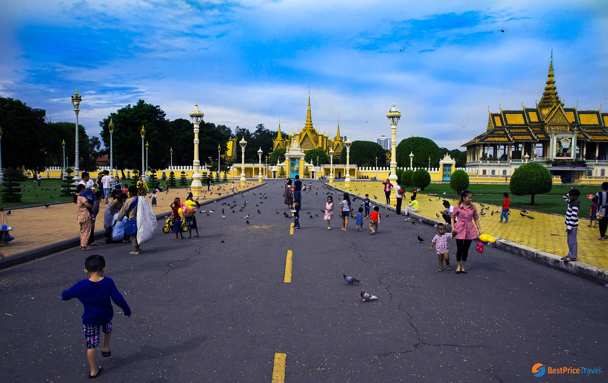 Square in front of Royal Palace
