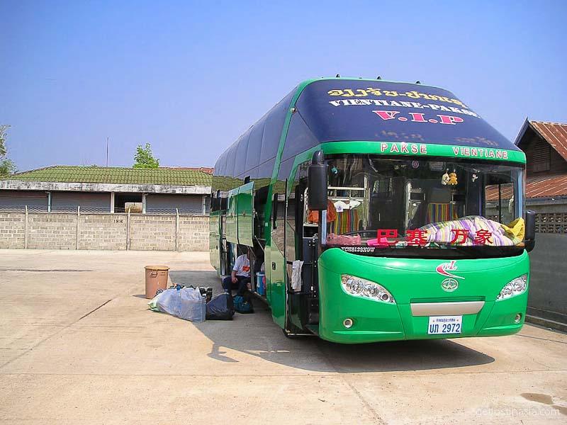 Sleeper bus to Laos