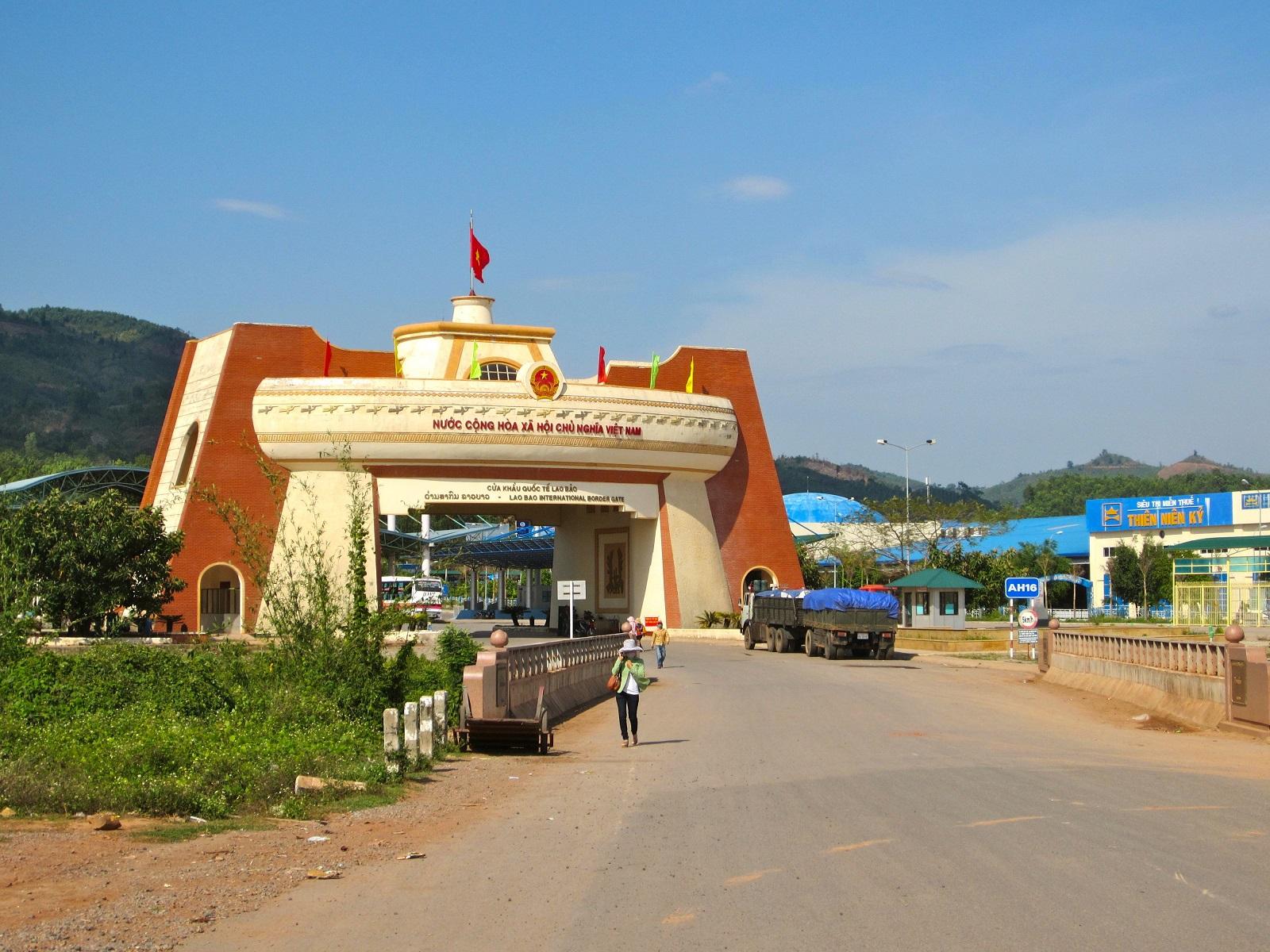 Lao Bao - Dansavanh International Border Gate.