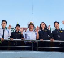 0016867 Alova Premium Cruises Halong Bay 1 Day Group Tour