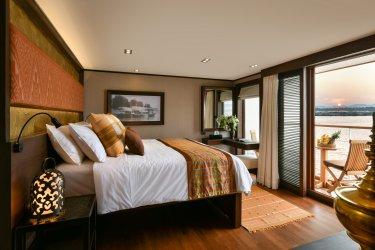 Deluxe Bagan Suite