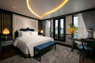 Jade Lotus Suite Balcony