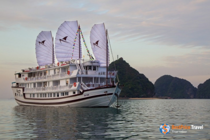 Signature Royal Cruise Halong Bay