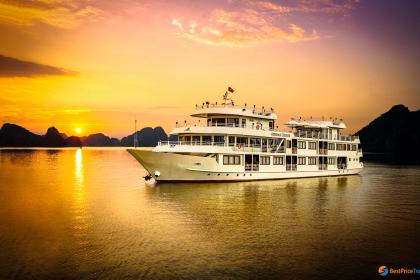 Athena Luxury Cruise Halong Bay
