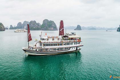 Swan Cruises Halong Bay