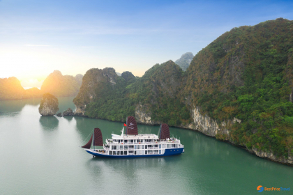 O'Gallery Lotus Cruise Halong Bay