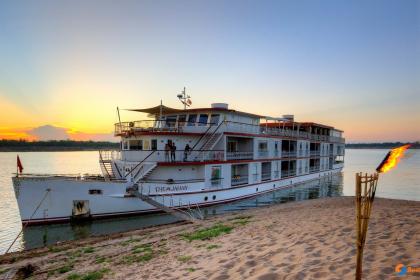 Heritage Line Jahan Cruise Halong Bay