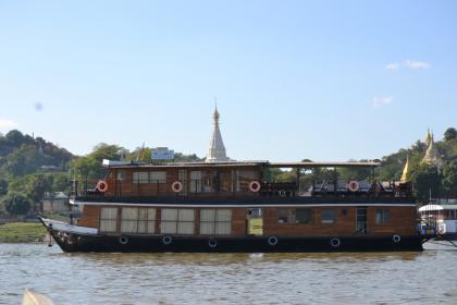 RV Yandabo Cruise Halong Bay