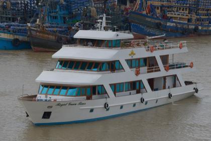 Royal Green River Princess Cruise Halong Bay