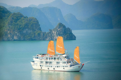 Aphrodite Cruise Halong Bay