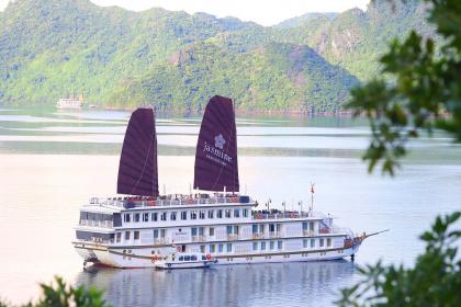 Heritage Line Jasmine Cruise Halong Bay