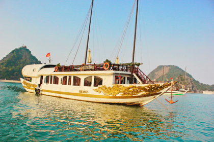 Valentine Premium Cruise Halong Bay