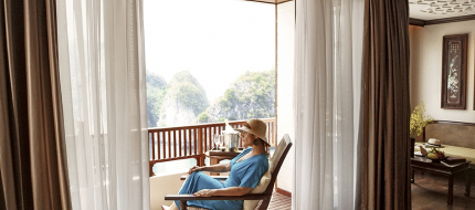 Heritage Line Lan Ha Bay Ylang Signature Suite Balcony