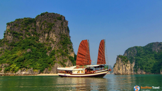 L'amour Junk - No 1 Halong Bay Private Cruises