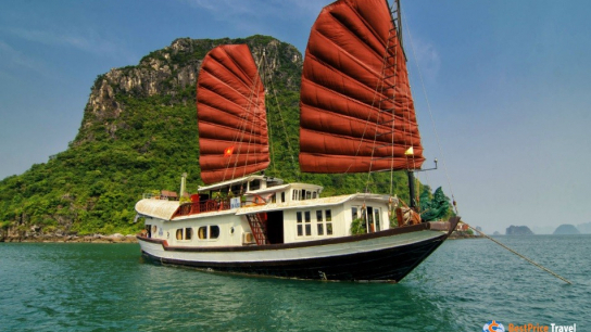 Prince Cruise - No 5 Halong Bay Private Cruises