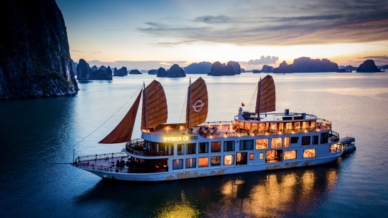 Emperor Cruises Halong Bay