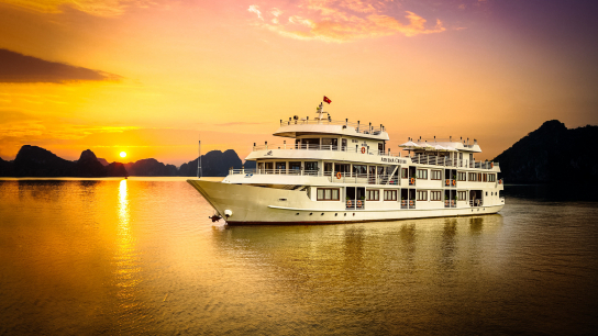 Athena Luxury Cruise - No 16 Halong Bay Family Cruises