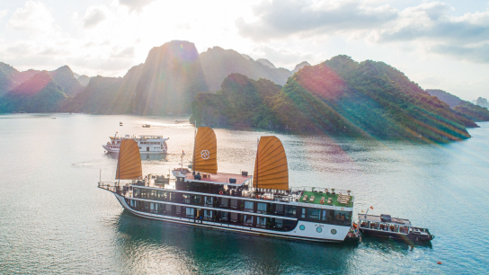Peony Cruise - No 2 Halong Bay Family Cruises