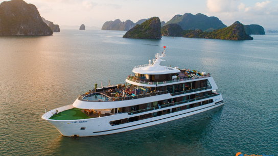 Stellar of the Seas Cruise - No 9 Halong Bay Family Cruises