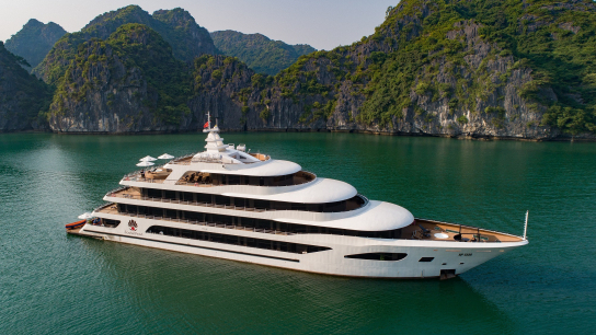 Scarlet Pearl Cruise - No 5 Halong Bay Family Cruises
