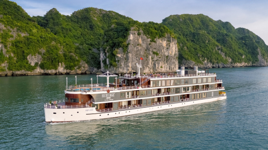 Heritage Cruise - No 6  Lan Ha Bay Cruises