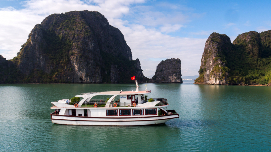 Estella Premium Day Cruise Halong Bay