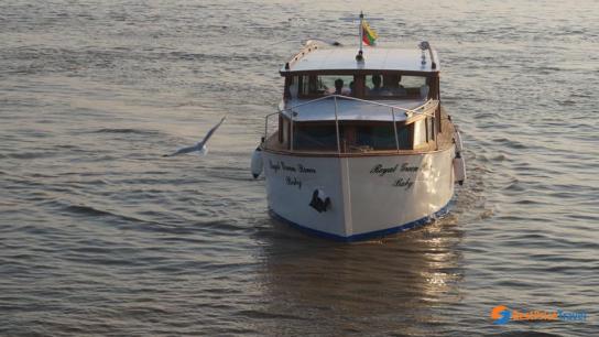 Royal Green River Baby Cruise - No 3 Myanmar Day Cruises