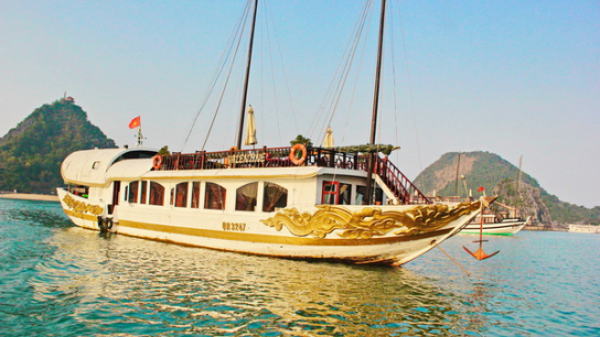 Valentine Premium Cruise - No 2 Halong Bay Private Cruises