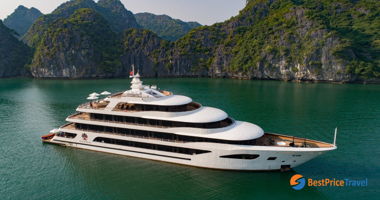 Scarlet Pearl - Best Lan Ha Bay Cruise