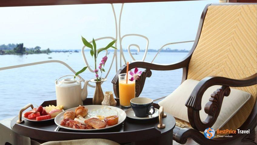 Breakfast in Balcony