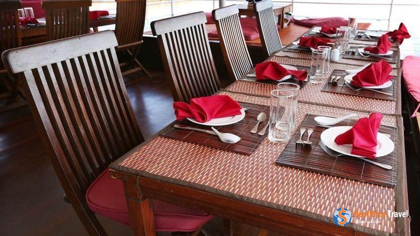 Toum Tiou I Restaurant