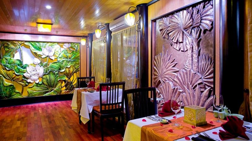Indochina Sails Dining Room