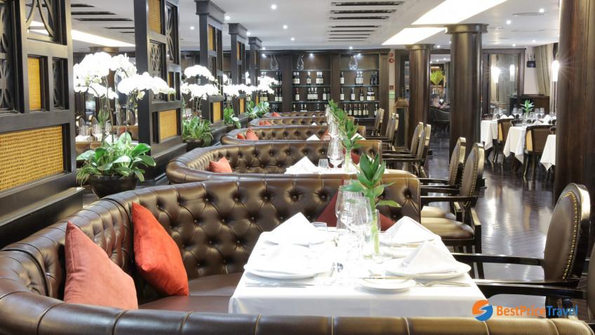President Cruises Restaurant 6
