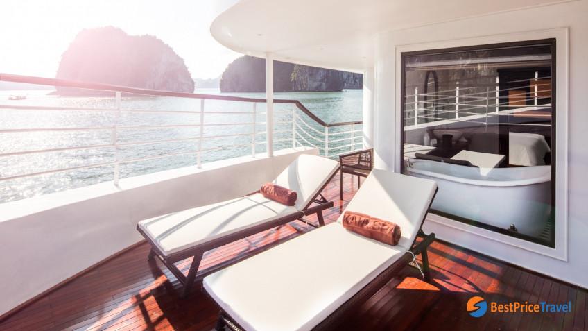 President Cruises Tresury Suite 2