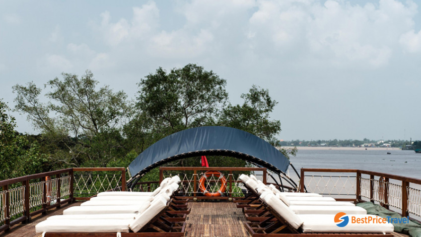 Mekong Eyes Sun Deck