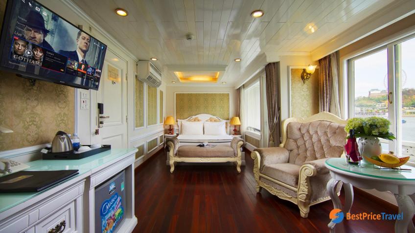 SNR Senior Cabin 1