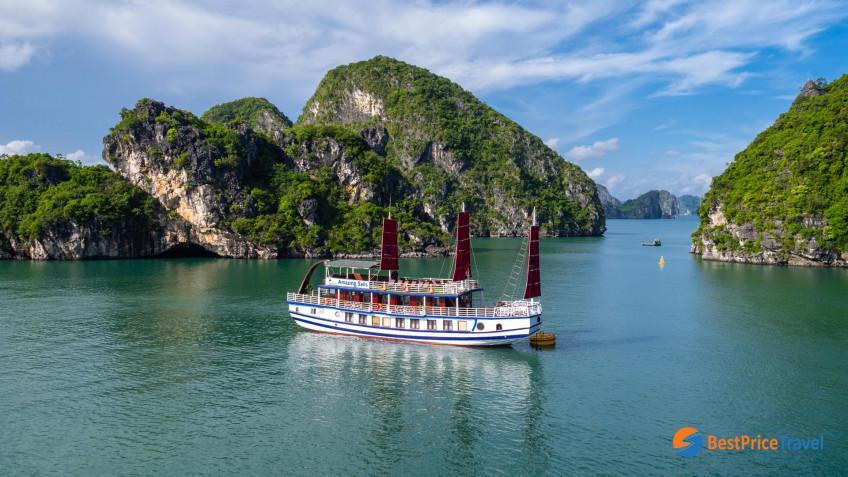 Amazing Sails Luxury Overview
