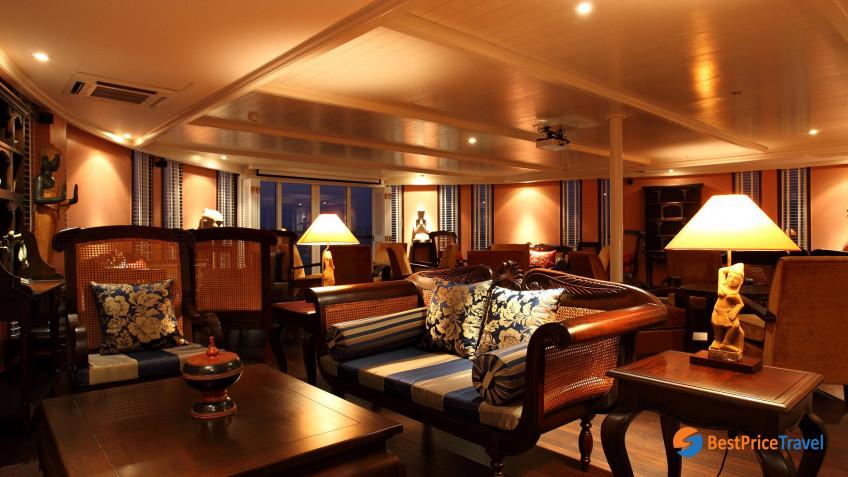 Heritage Line Mekong Jayavarman Henry Mouhot Lobby Lounge
