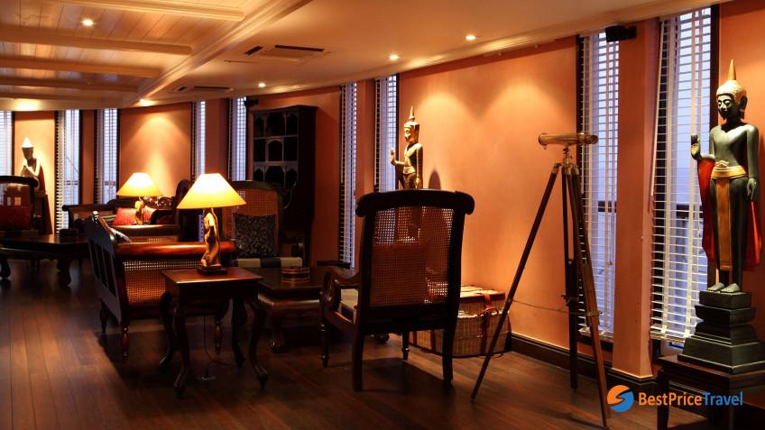 Heritage Line Mekong Jayavarman Henry Mouhot Lobby Lounge2