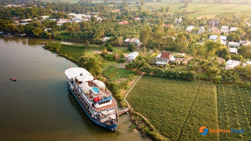 Heritage Line Mekong Jayavarman Ship 2