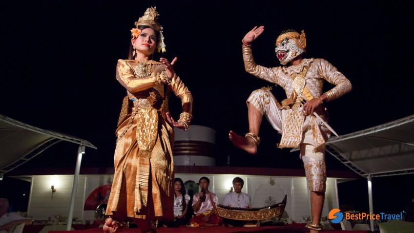 Heritage Line Mekong Jayavarman Apsara Dance
