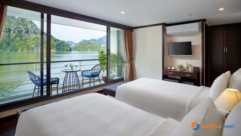 Ocean Suite Balcony Twin