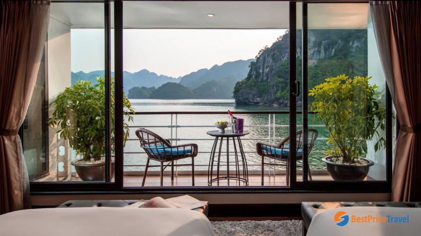 Elegance Suite Balcony