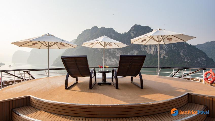 Pearl Sun Deck