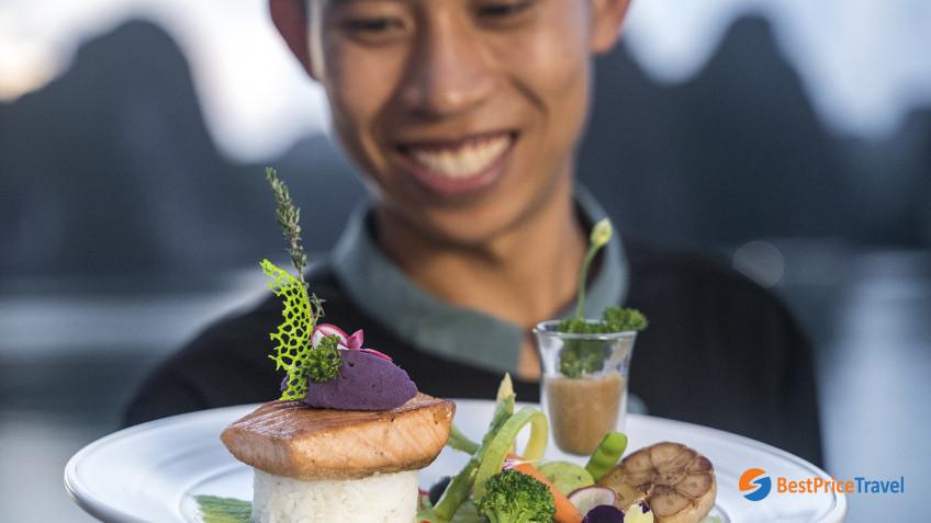 Heritage Line Lan Ha Bay Ylang Cuisine 6