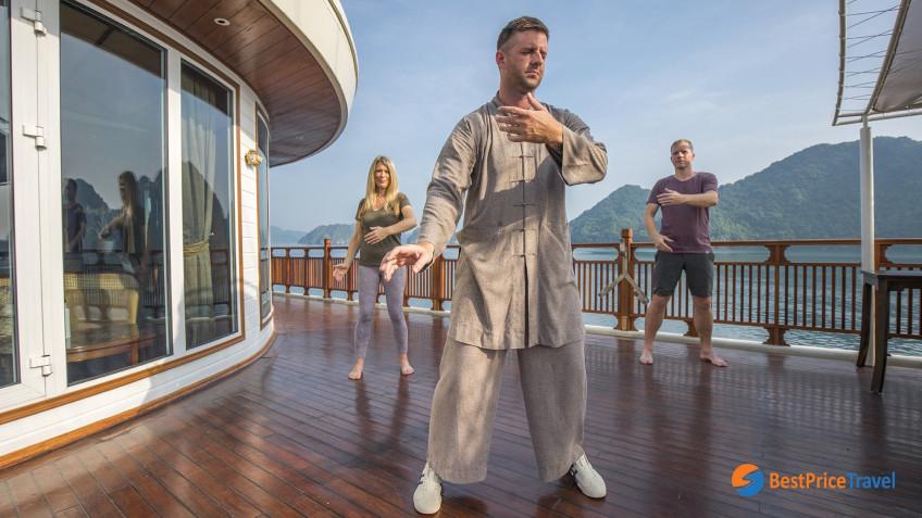 Heritage Line Lan Ha Bay Ylang Life On Board Wellness 7