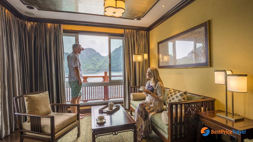 Heritage Line Lan Ha Bay Ylang Regency Suite Front (Royal Bamboo) Lounge 2
