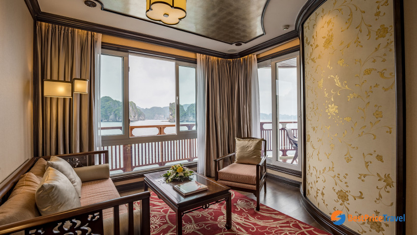 Heritage Line Lan Ha Bay Ylang Regency Suites Front (Glory Daisy) Lounge 3