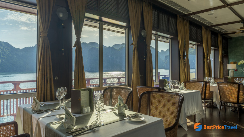 Heritage Line Lan Ha Bay Ylang Restaurant 1
